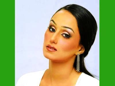 مقابلہ بازی پر نہیں صرف کام پر توجہ دیتی ہوں ،مایا سونو خان