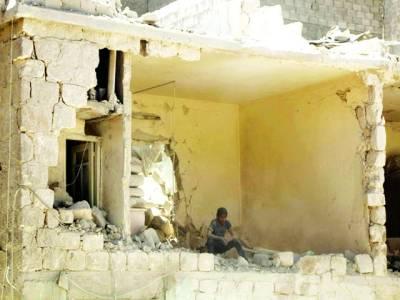 دمشق: باْغی فوجی تباہ شدہ گھر میں آرام کر رہا ہے