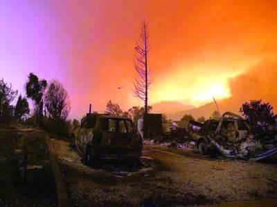 فلوریڈا میں کئی روز سے لگی آگ پر ابھی تک قابو نہیں پایا جاسکا