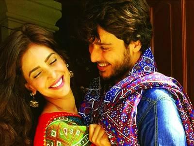 حسن خان اور صباقمر کی فلم ''مومل رانو' 'کا عالمی کیلئے انتخاب