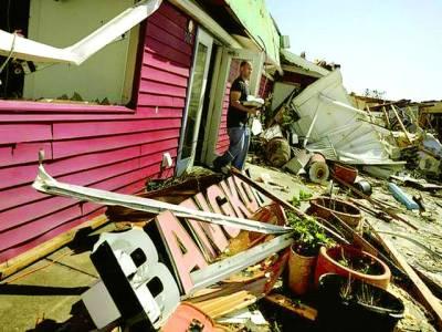 واشنگٹن : امریکی ریاست فلوریڈا میں سمندری طوفان سے آنے والی تباہی کا منظر