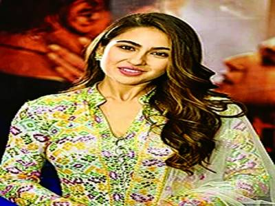 سارہ علی خان سستے اورمناسب کپڑوں کی دلدادہ نکلیں