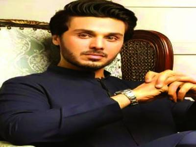 اداکار و ماڈل احسن خان کی خالہ کو لندن میں سپرد خاک کردیاگیا