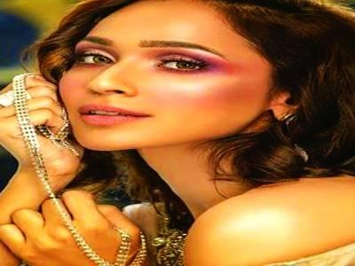اداکارہ فریال محمود ایک بار پھر فیصل قریشی کے مقابل