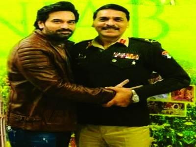 ہمایوں سعید اور میجرجنرل آصف غفور کے مابین ٹوئٹر پر دلچسپ مکالمہ