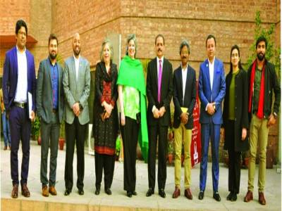 امریکی قونصلرجنرل لاہور کیتھرین راڈریگیز کاآرٹس کونسل الحمرا کا دورہ