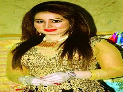 سٹیج ڈرامے میں جدت کی ضرورت ہے، اداکارہ نگار چوہدری