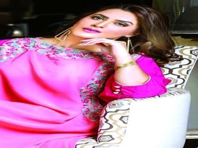حکومت عوام کے مسائل پر توجہ دے، اداکارہ و ماڈل رچل خان